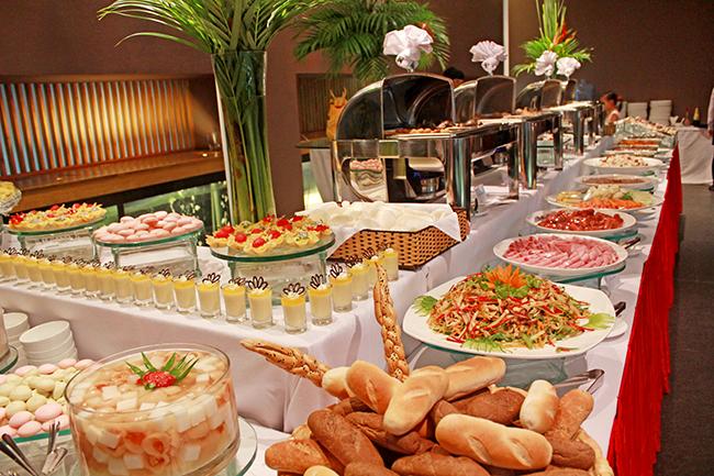 Một bữa tiệc buffet chay giá bao nhiêu tiền nên ăn ở đâu